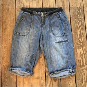 Lane Bryant Cargo Capri Pants Size 16 Casual